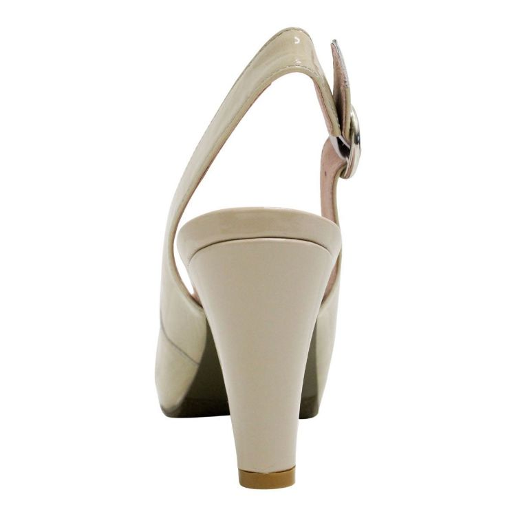 Picture of Nancy Taupe Patent
