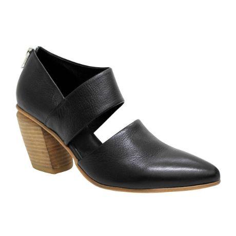 Picture of Leela Black/ Natural Heel