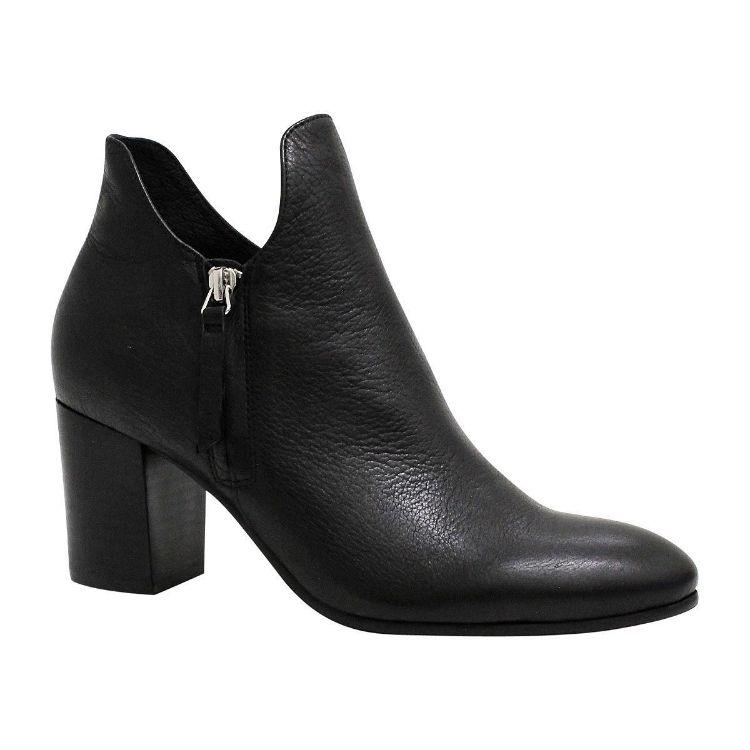 Picture of Uknow Black/ Black Heel